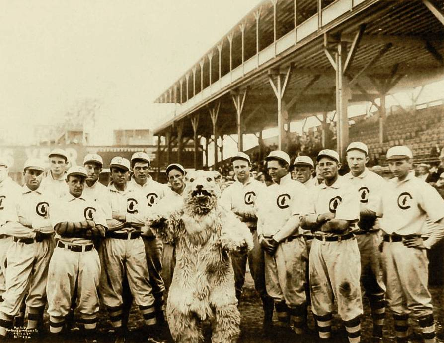 chicago-cubs-1908-world-champions-geo-r-lawrence-pub-domain