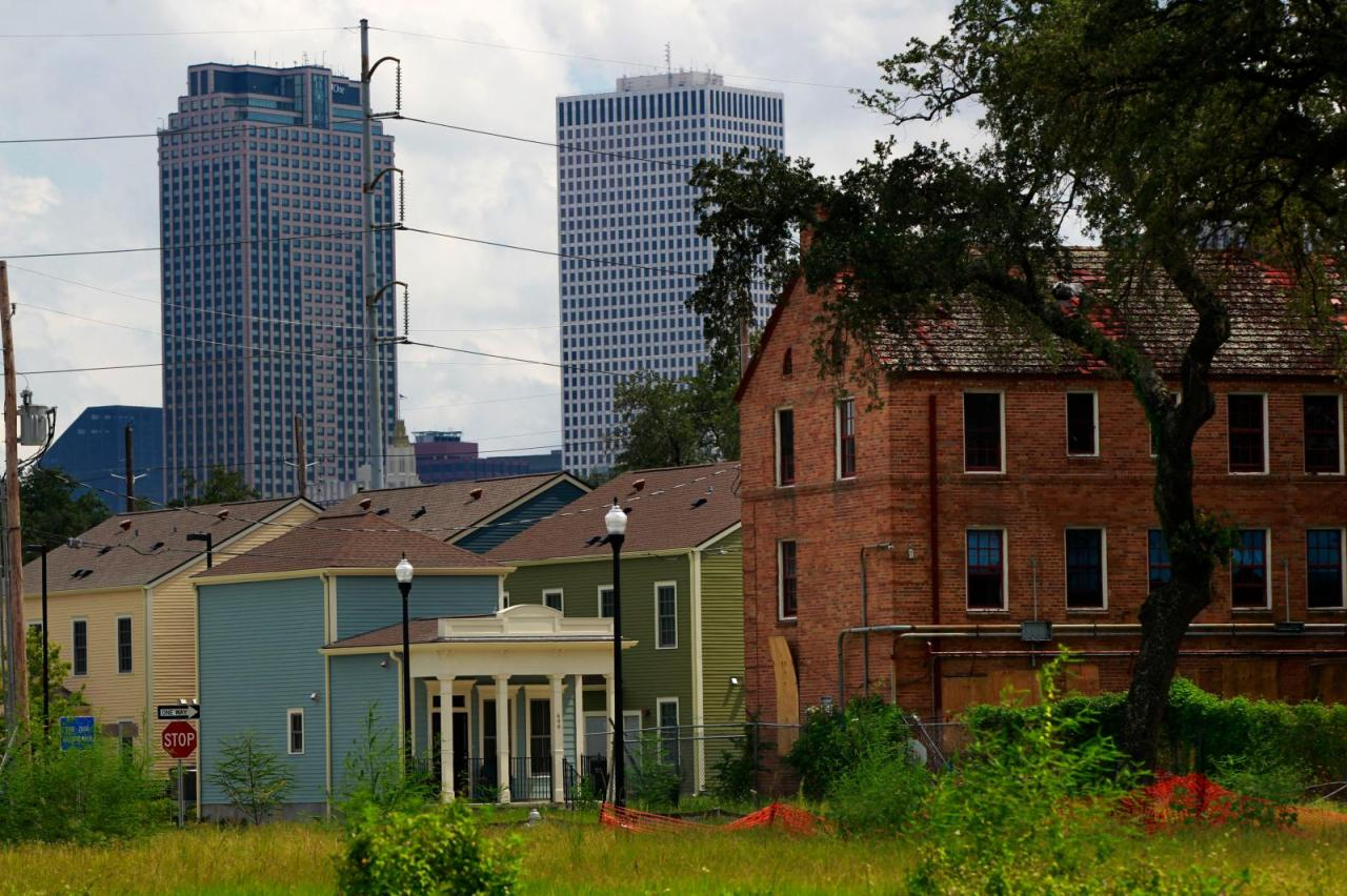 new orleans housing projects